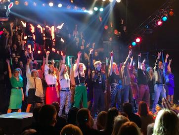 Jubileumsmusikalen Rock of Ages gör storsuccé med 12 föreställningar!