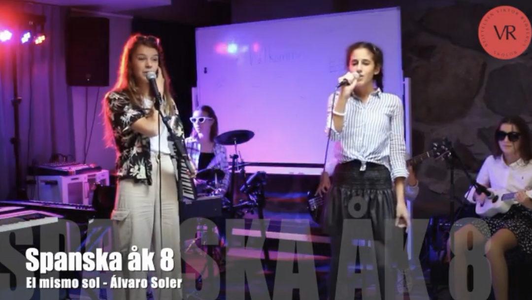 Fredagsfeeling på VRS Vasastan när musikprofil-elever kombinerar spanska & musik