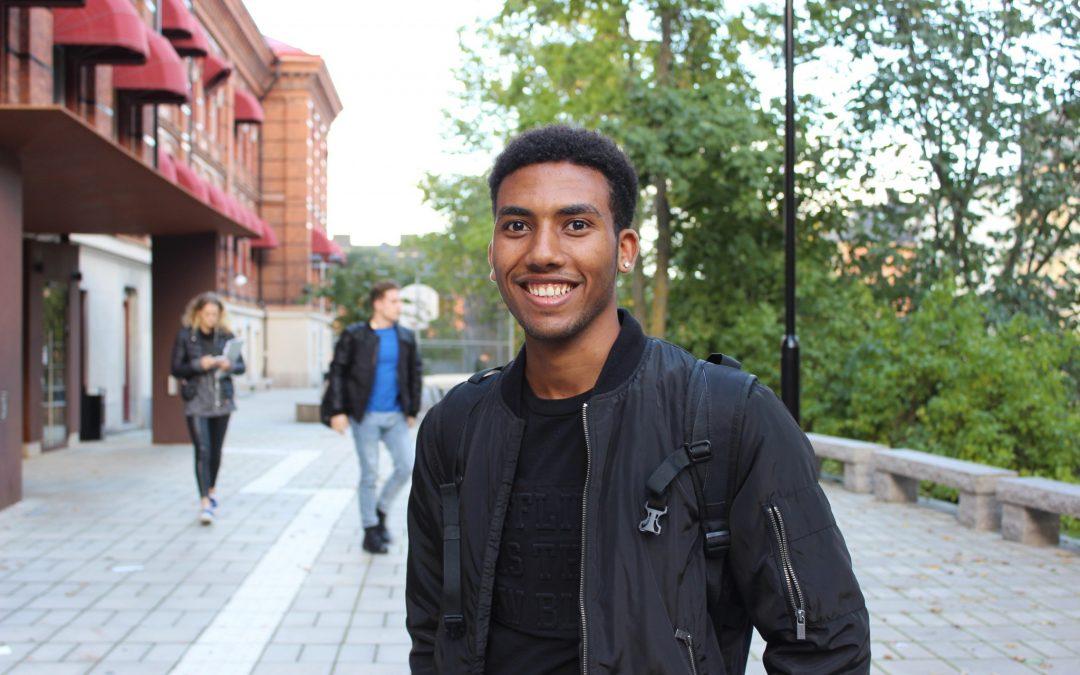 Robel Dawit läste in 14 ämnen på 1 år